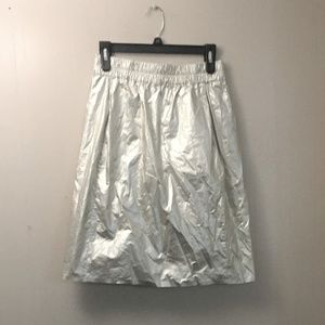 COS metallic coated cotton skirt.NWT 🎈🎈🎈🎈
